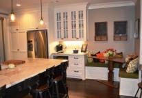 Kitchen Seating Area